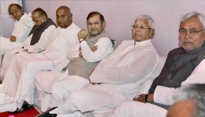 Mulayam Singh Yadav at luncheon meeting with opp leaders