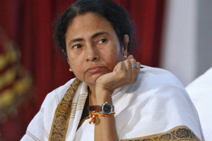 mamata-banerjee-a-bestselling-author-at-kolkata-book-fair_310114094008